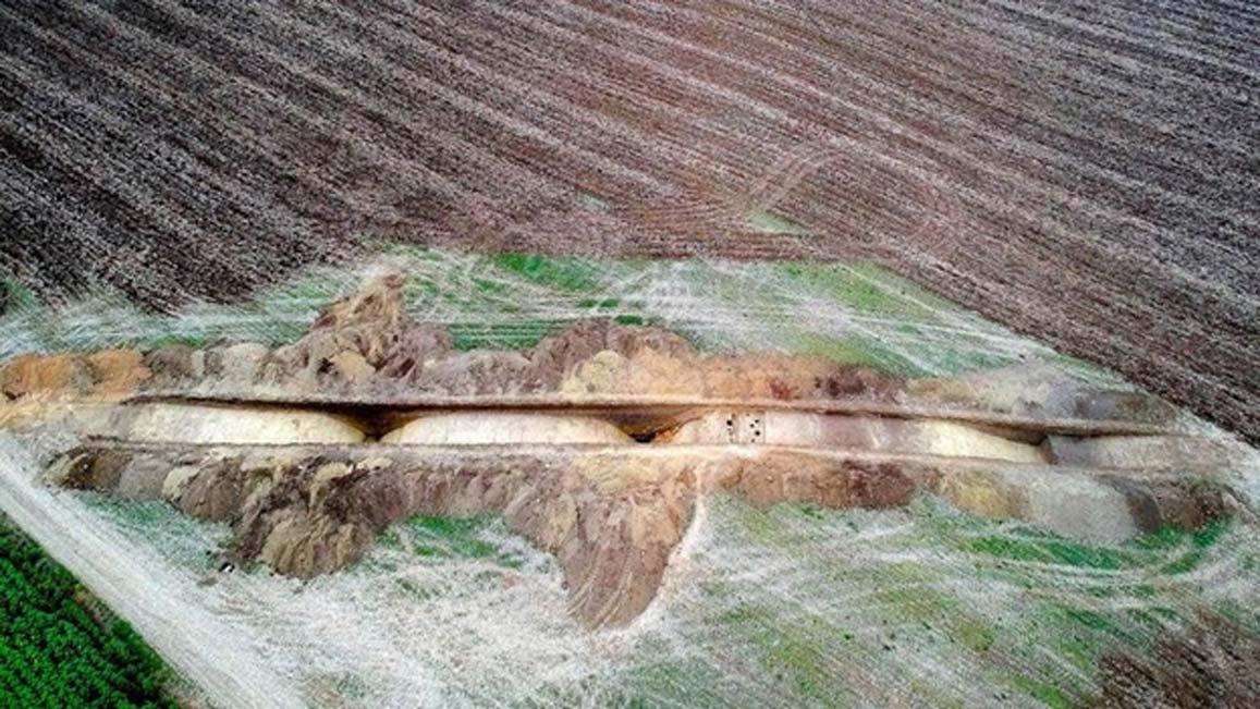 Portada - Vista aérea de las excavaciones de la gran ciudadela de la Edad de Bronce descubierta recientemente en Rumanía. Fuente: Florin Gogaltan