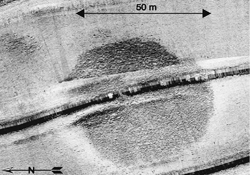 Portada - La estructura circular fue detectada por primera vez en una búsqueda realizada mediante sonar en parte del Mar de Galilea en verano del año 2003. Fotografía: Shmuel Marco