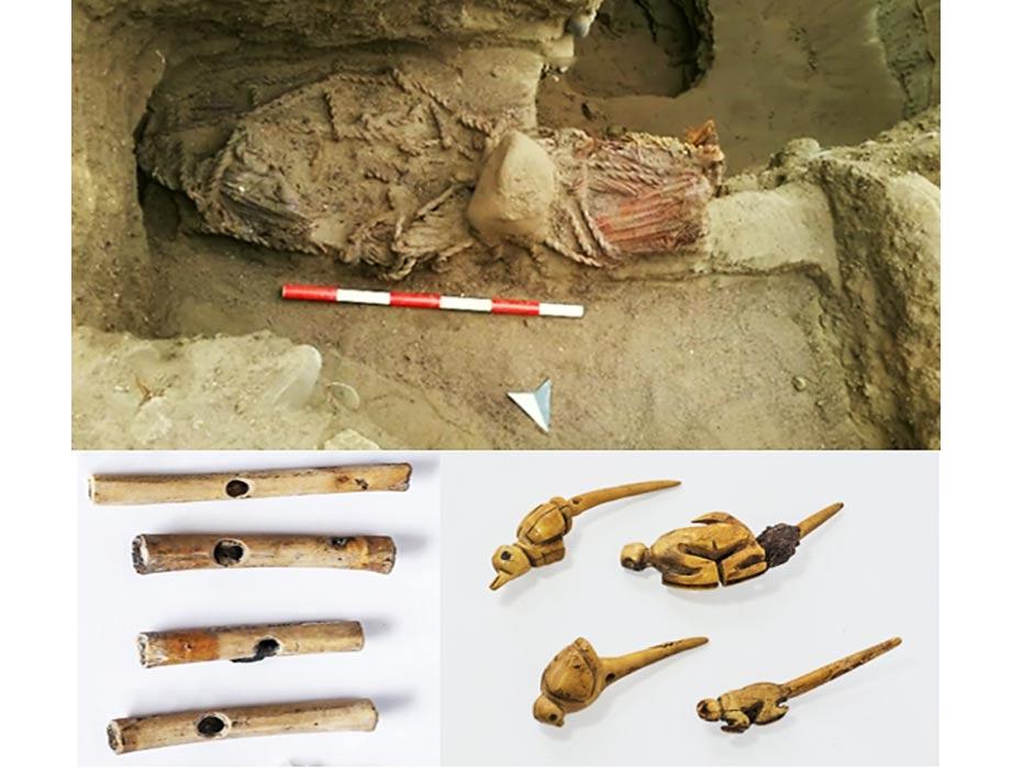 Portada-La momia tal y como fue descubierta. (fotograma del Daily Mirror)Flautas y 'tupus' hallados en Áspero, Perú. (Ministerio de Cultura de Perú)