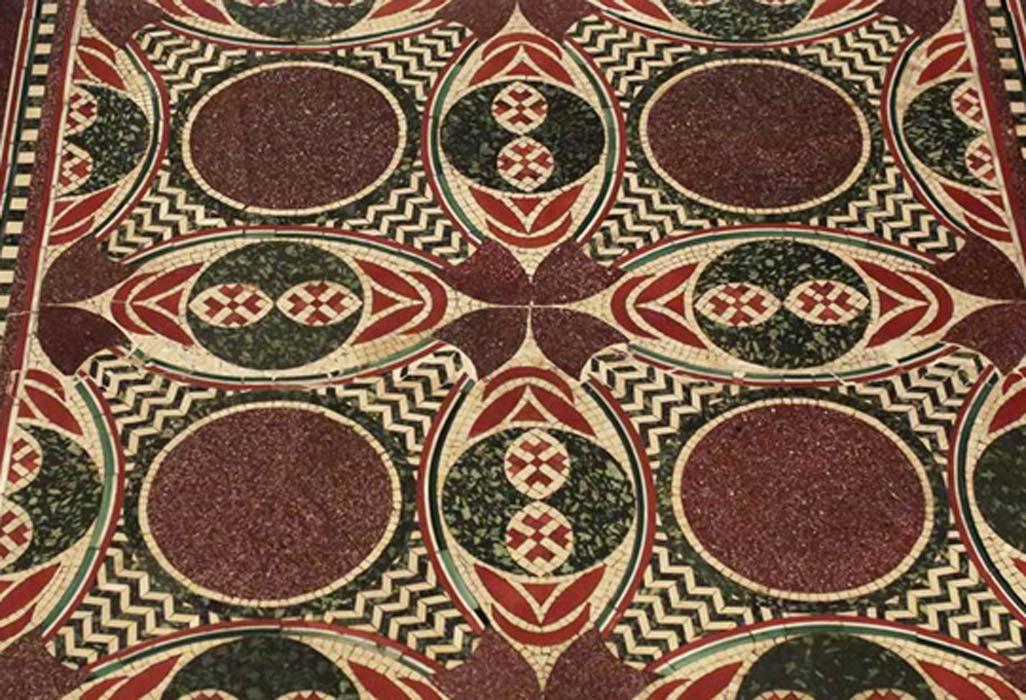 Portada - El antiguo mosaico romano de mármol devuelto recientemente al gobierno italiano en Nueva York. Fotografía: Yana Paskova / The New York Times