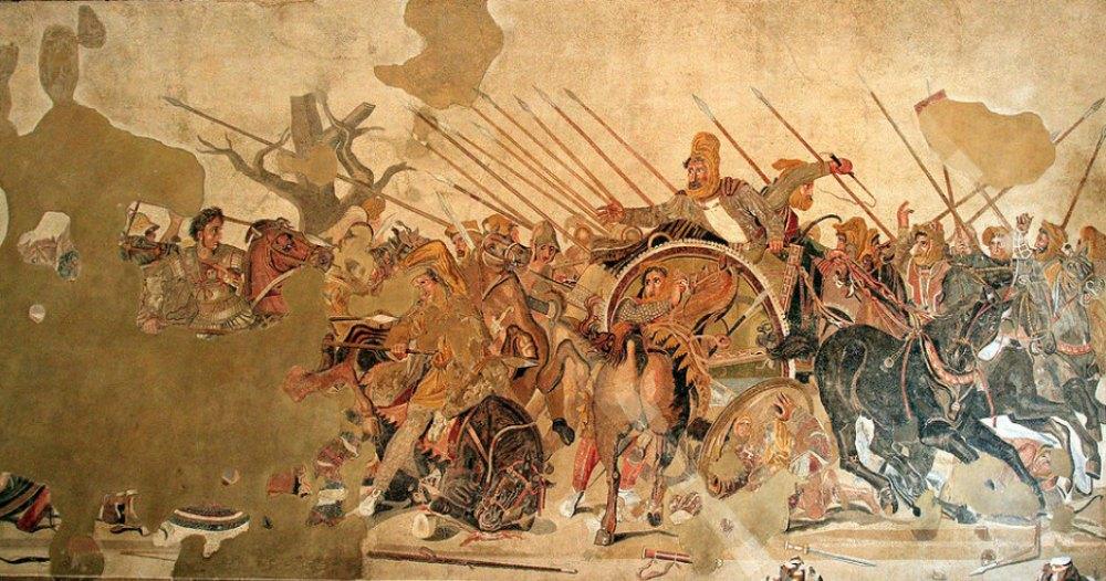 Portada-Mosaico expuesto en el Museo Arqueológico Nacional de Nápoles que representa a Alejandro combatiendo a los persas en la batalla de Issos. (Public Domain)