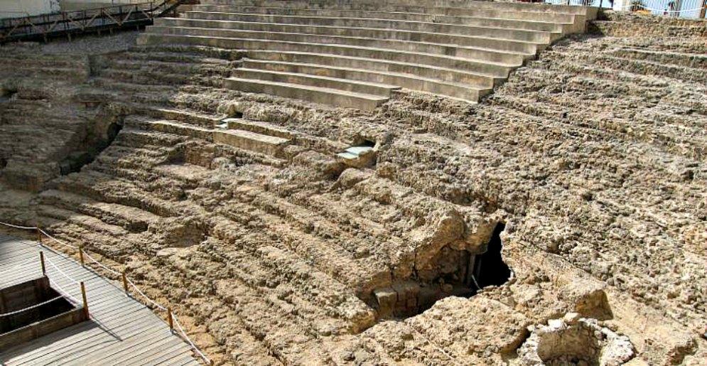 Portada - Aspecto del Teatro Romano abierto al público recientemente tras 6 años de obras. (Fotografía: Cadena Ser/Radio Cádiz)
