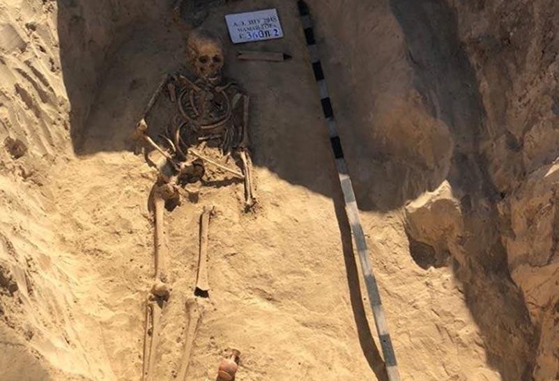 Portada - Tumba de una guerrera escita recientemente descubierta en Ucrania. Fuente: Zik