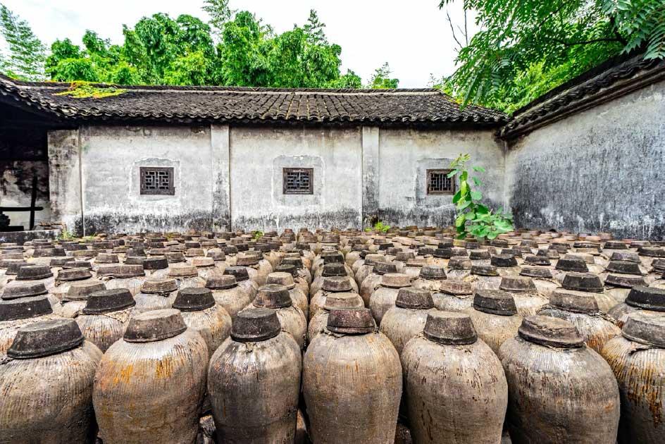 ánforas antiguas encontradas en Wuzhen, China. Tenga en cuenta que esta es una representación y no son las ánforas utilizadas en el estudio. Fuente: lotusjeremy / Adobe stock