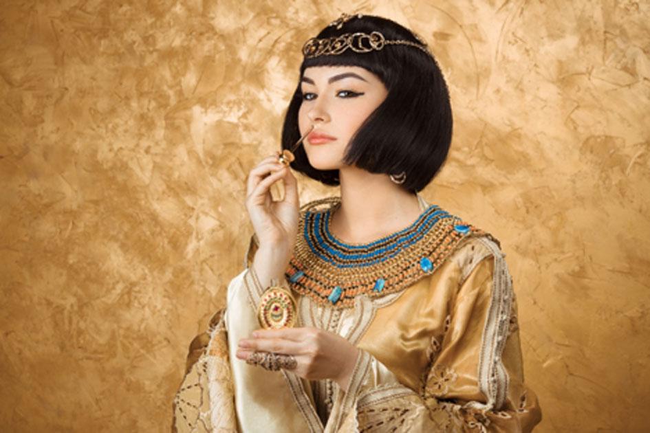 El uso de perfume de Cleopatra fue famoso. Fuente: EmotionPhoto / Adobe Stock