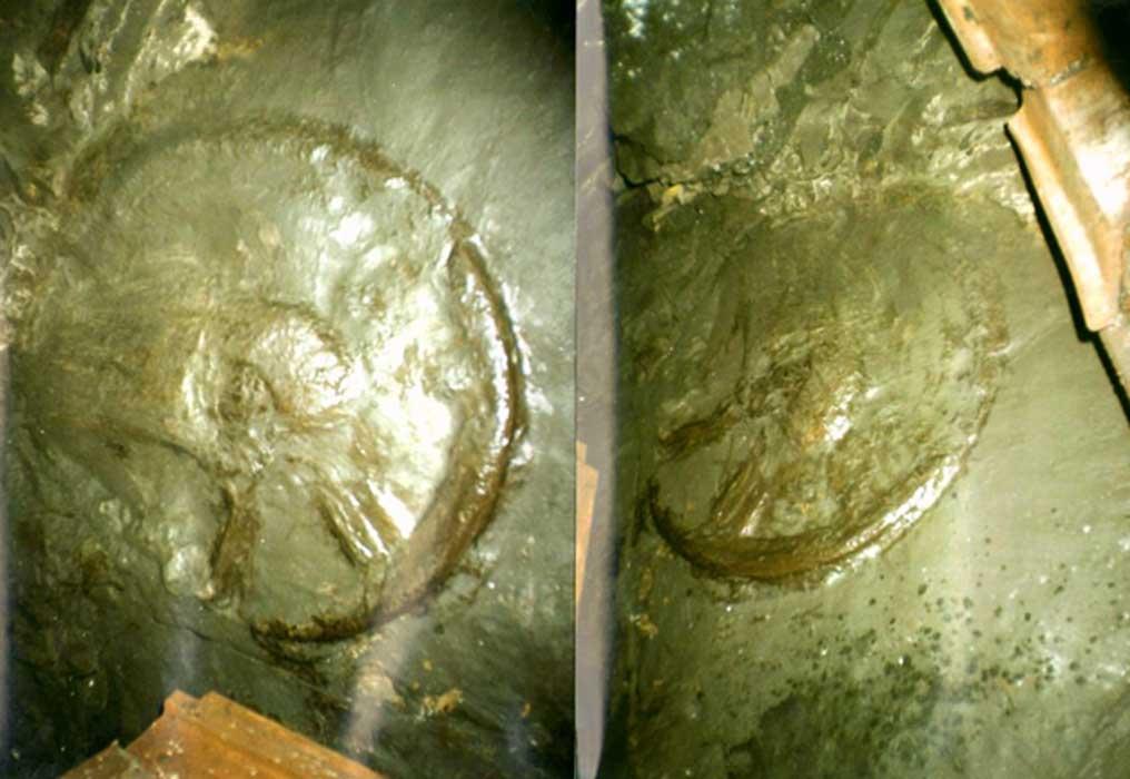 dos fotos de la rueda antigua