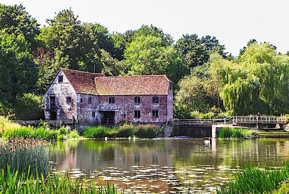 : El antiguo molino de Sturminster Newton. Fuente: Eugene Birchall / CC BY-SA 2.0