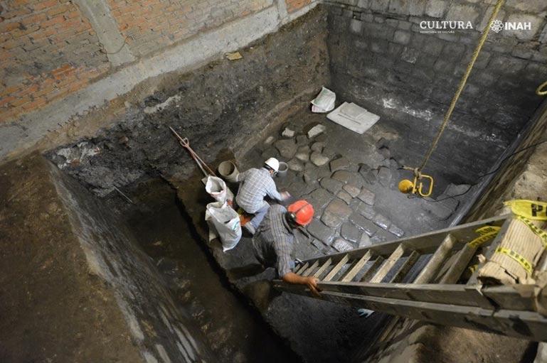 Proceso de excavación de la Casa de Cortés y el complejo del templo azteca. Fuente: Raúl Barrera R./PAU-INAH