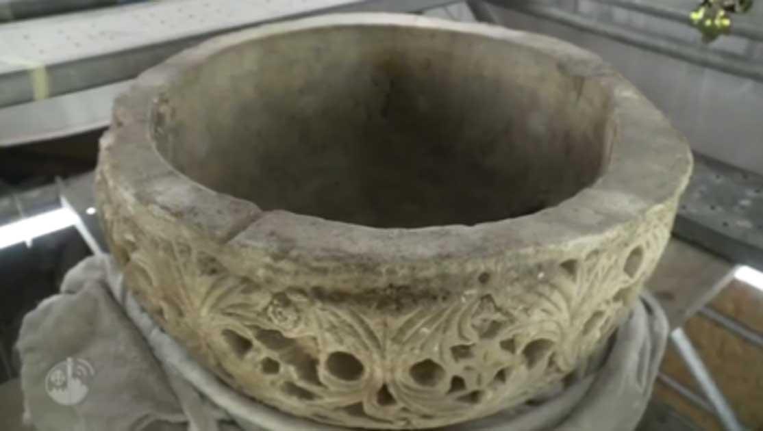 Fuente bautismal de 1500 años descubierta en el lugar de nacimiento de Jesús. Fuente: Christian Media Center - Inglés / YouTube Screenshot.