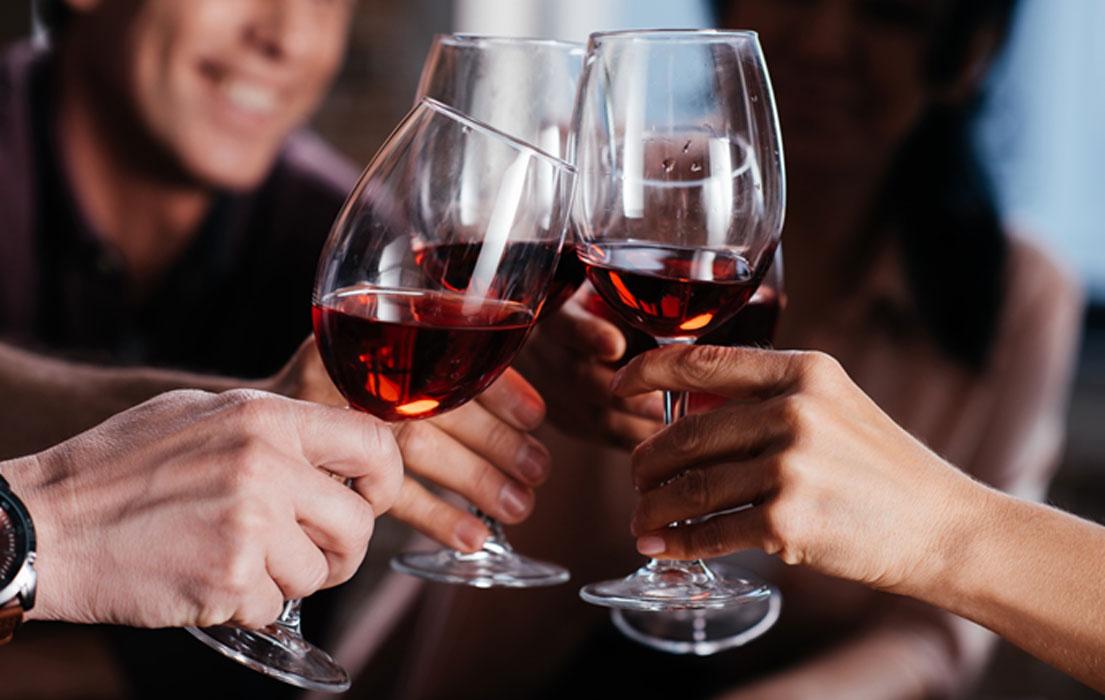 """El vino Commandaria se sirvió en la boda del rey Ricardo en Chipre. Proclamó que era """"el vino de los reyes y el rey de los vinos""""."""
