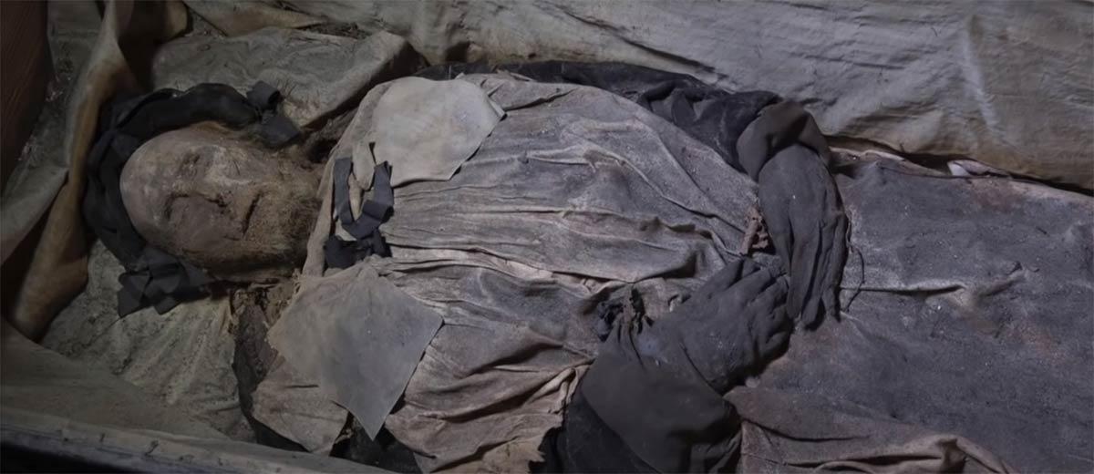 el obispo momificado danés, Peder Pedersen Winstrup, cuyo cuerpo ha proporcionado las últimas pruebas de los antiguos orígenes de la tuberculosis.