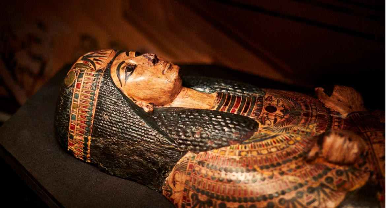 Sarcófago de Nesyamun, fuente de la voz de la Momia Fuente: © Leeds Museums and Galleries