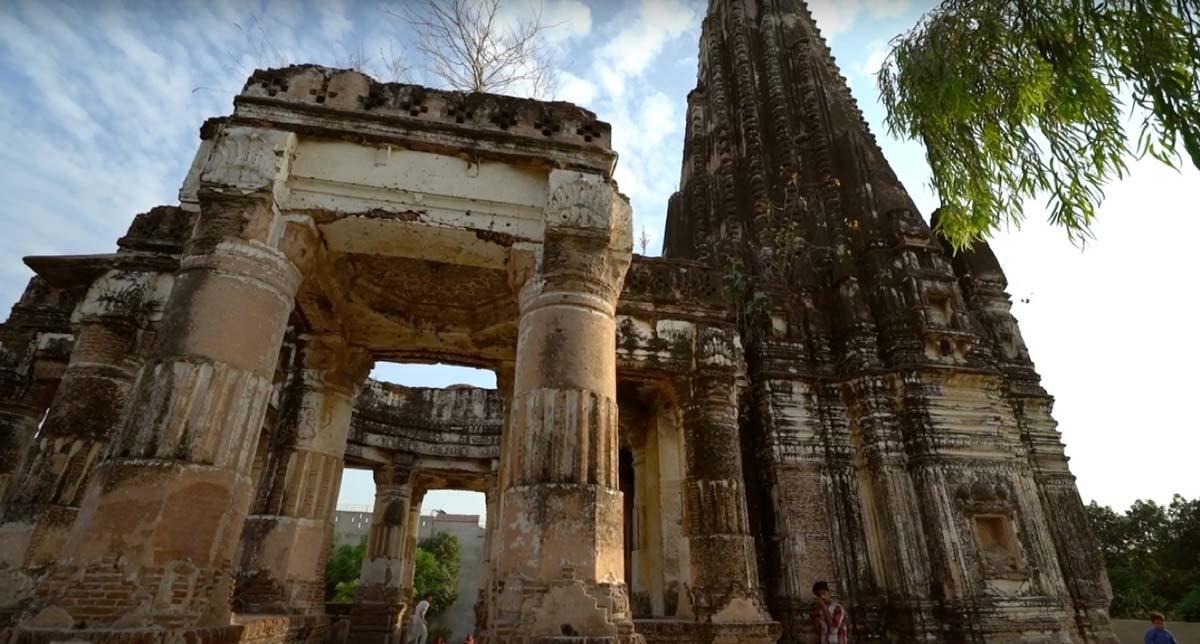 Antiguo templo hindú Shawala Teja Singh de 1.000 años. Fuente: Junaid Syed / captura de pantalla de YouTube