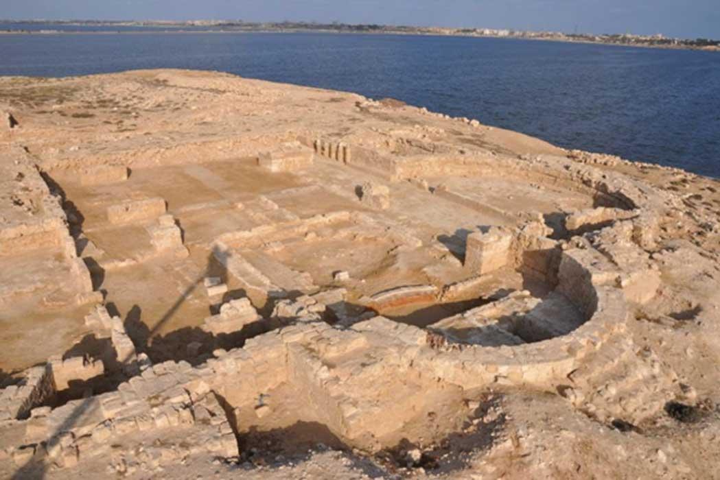 ruinas de la iglesia cristiana descubiertas en el antiguo puerto de Marea, cerca de Alejandría. Fuente: T. Skrzypiec / pcma.uw.edu.pl