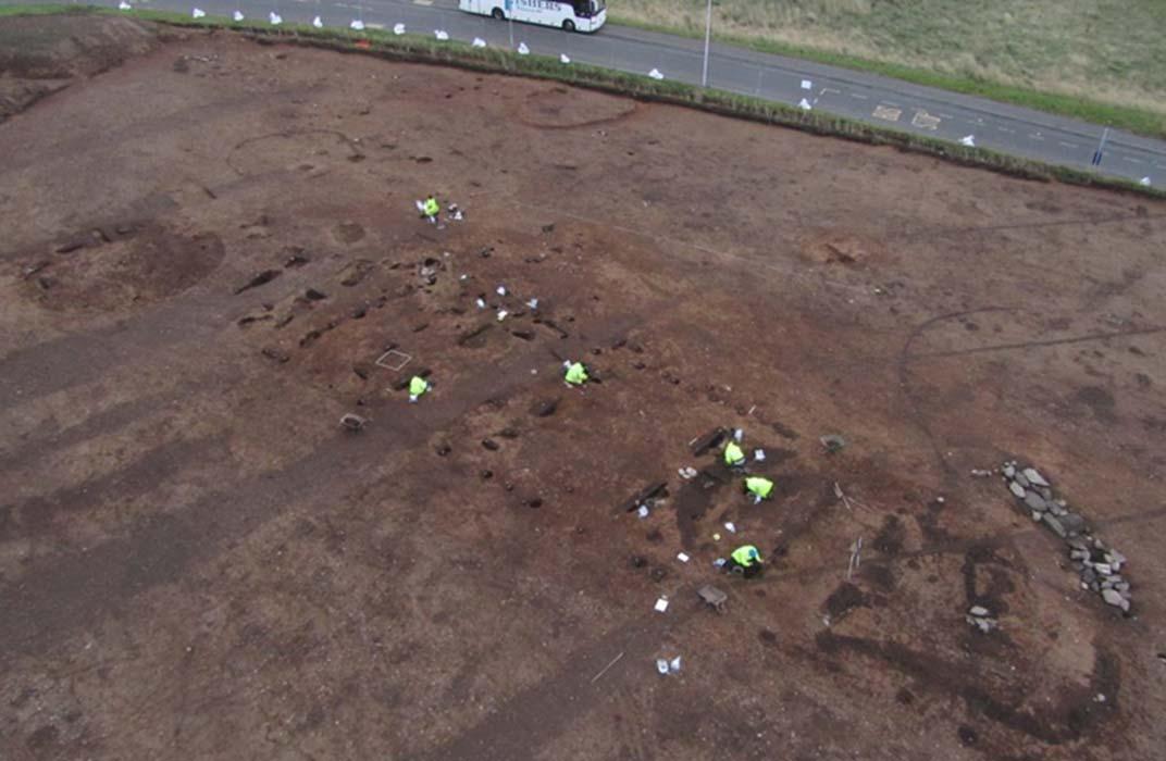 Salones Gigantes Encontrados en el Asentamiento Neolítico de Gran Bretaña