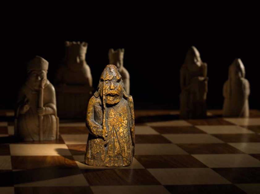 La pieza de ajedrez medieval recién descubierta, uno de los Lewis Chessmen, había desaparecido durante casi 200 años. Fuente: Courtesy of Sotheby's .