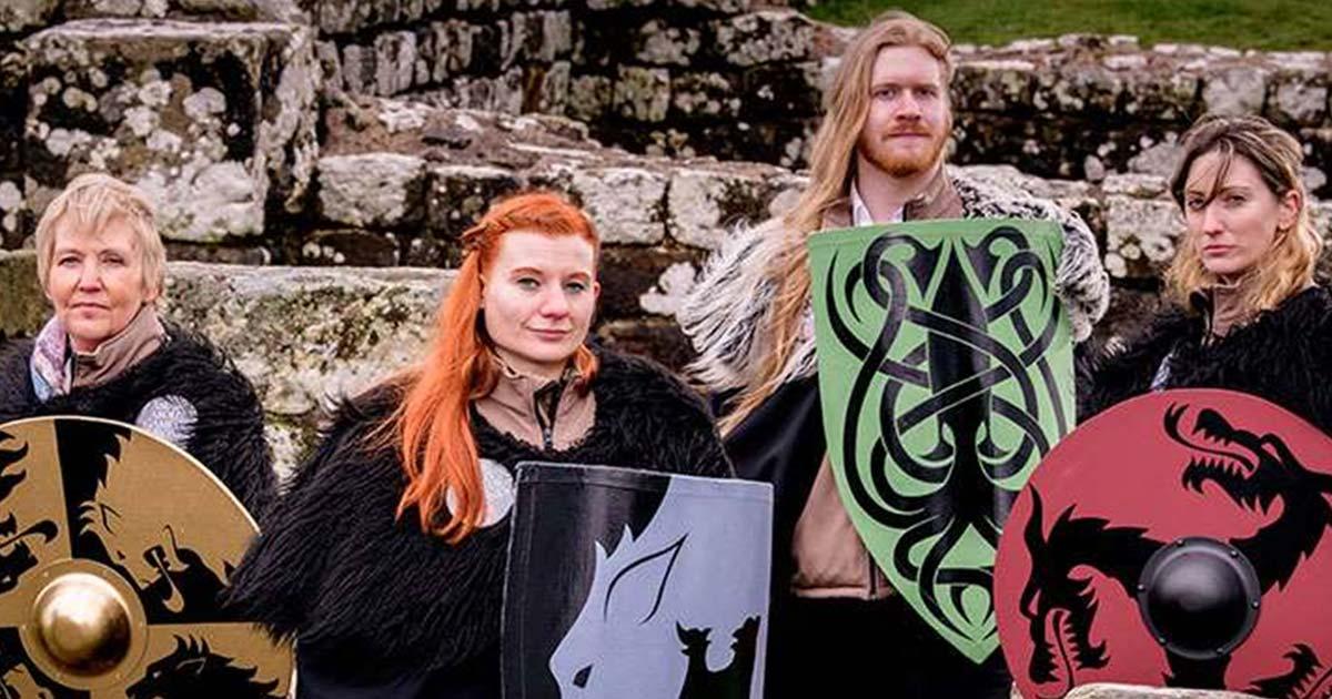 Los vigilantes del muro están listos para responder preguntas sobre el Muro de Hadrian o Juego de tronos.