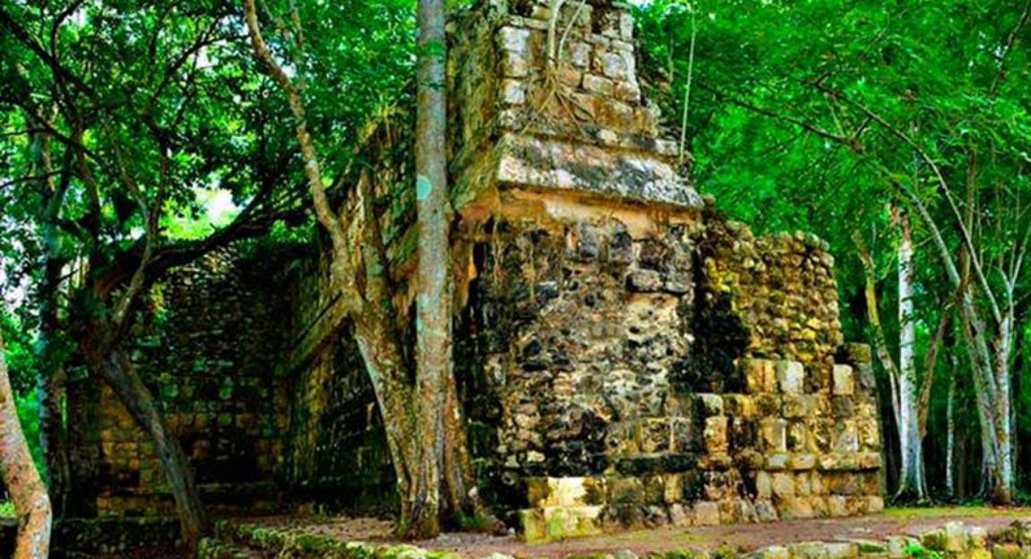 : El palacio maya descubierto recientemente en Yucatán, México. Fuente: INAH