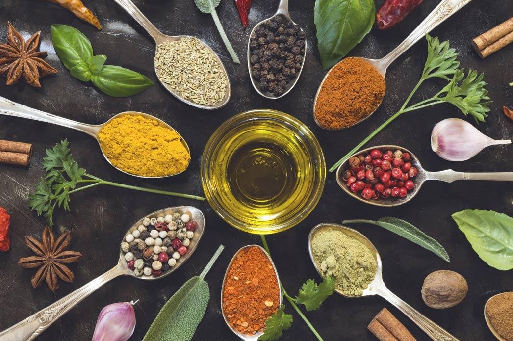 ¡Medicina herbaria antigua y qué usar en casa para mantenerse saludable hoy!