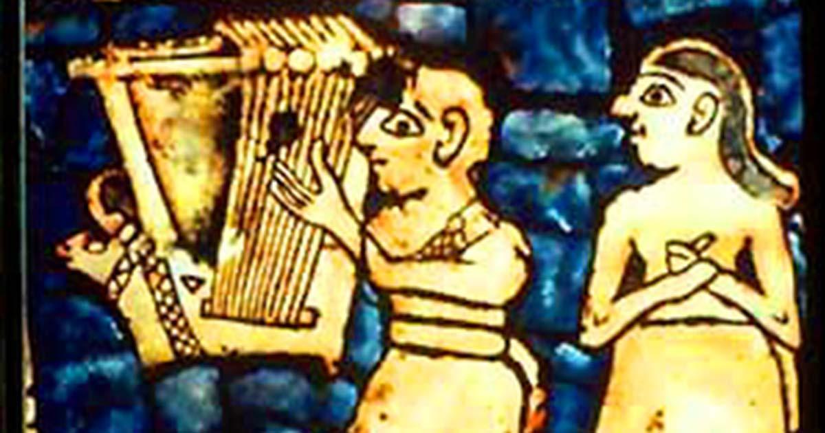 """Detalle de la tabla """"Paz"""" del estandarte de Ur que muestra la lira, excavada en el mismo sitio que las liras de Ur. Fuente: dominio público"""