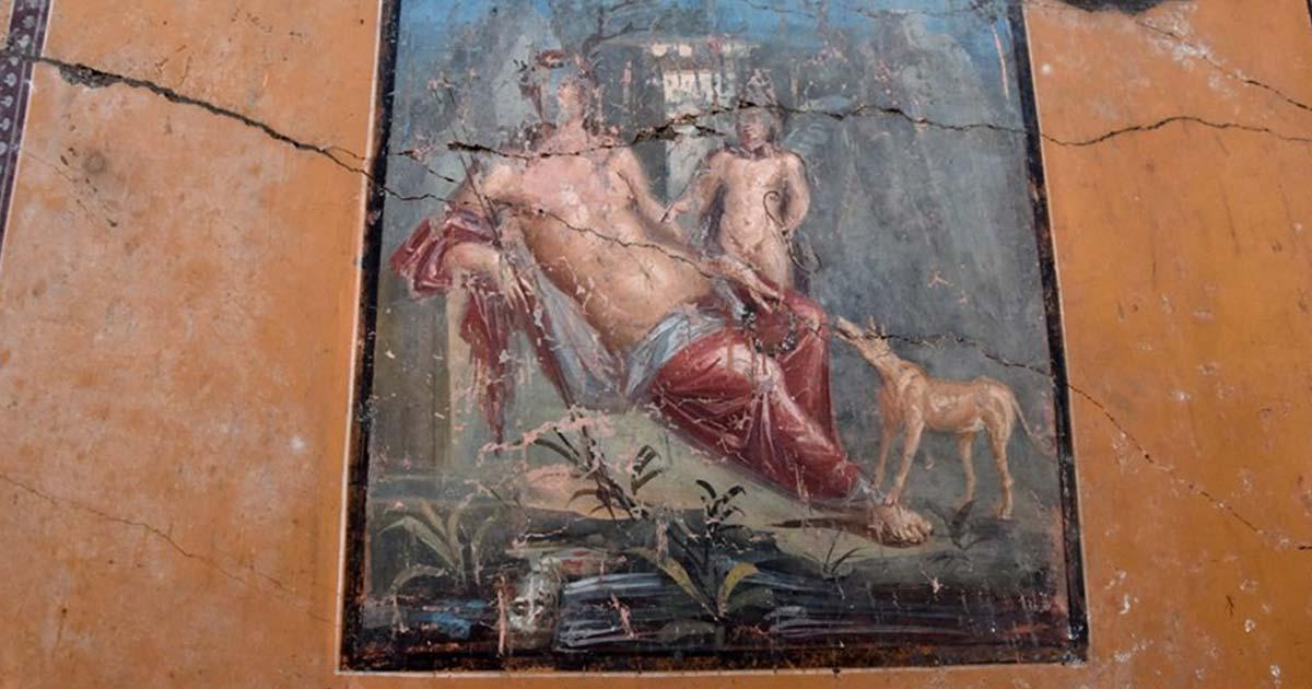La pintura de Narciso de colores brillantes recientemente recuperada en Pompeya.