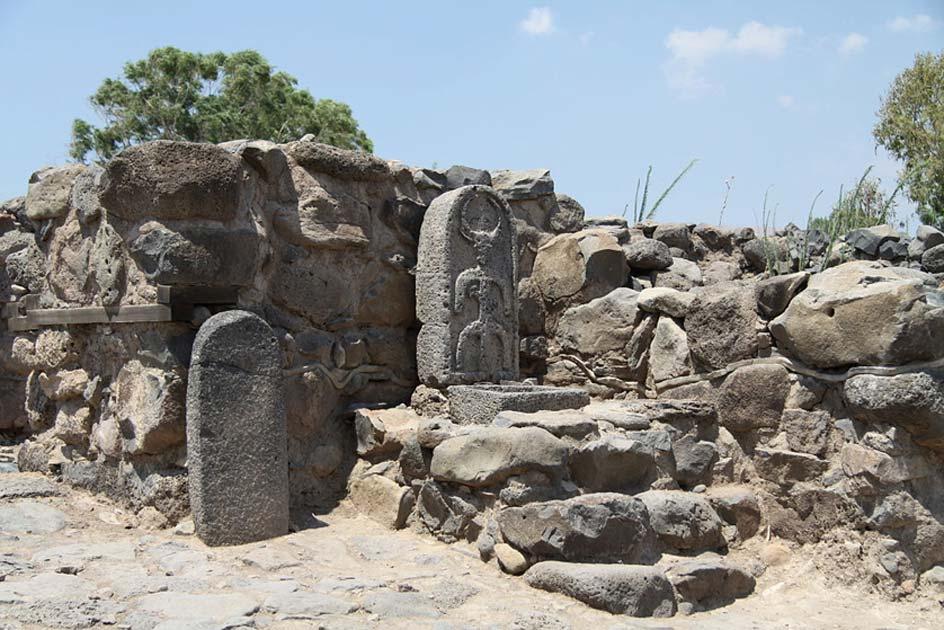 se cree que la nueva puerta de la ciudad del hallazgo es siglos más antigua que esta puerta que existía anteriormente en Bethsaida. Fuente: CC BY 3.0