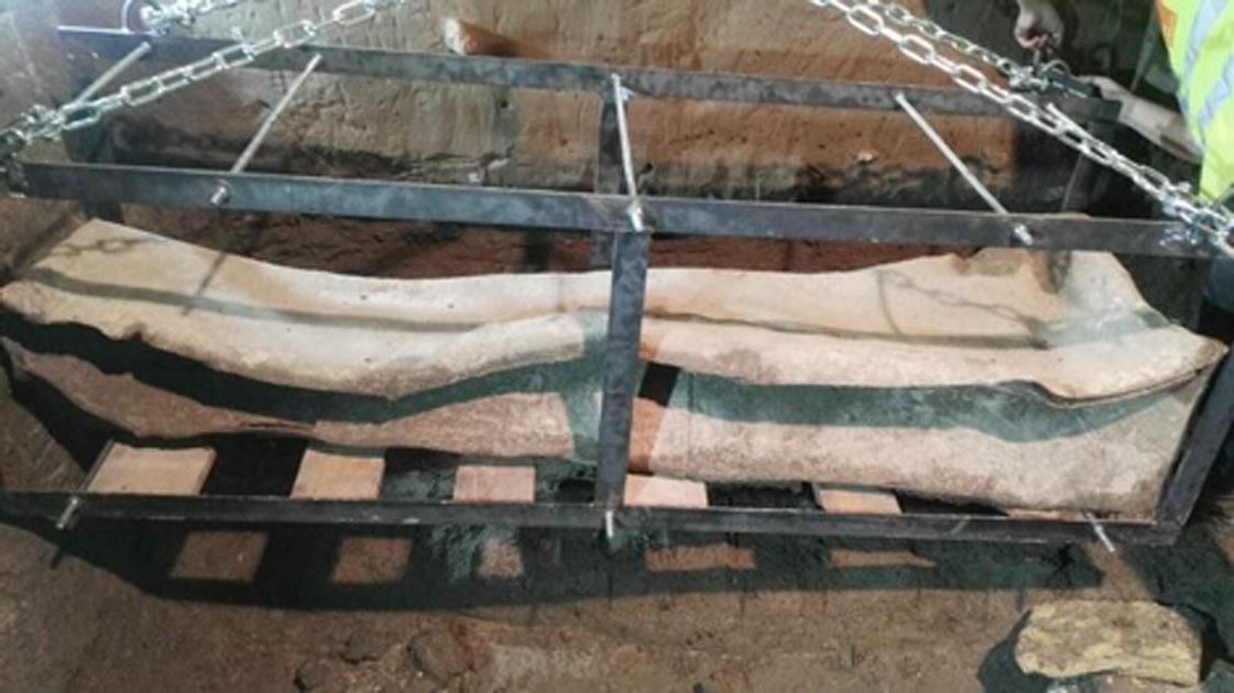 Se cree que el sarcófago de plomo encontrado en Granada, España, proviene de la época romana. Fuente: Granada Hoy