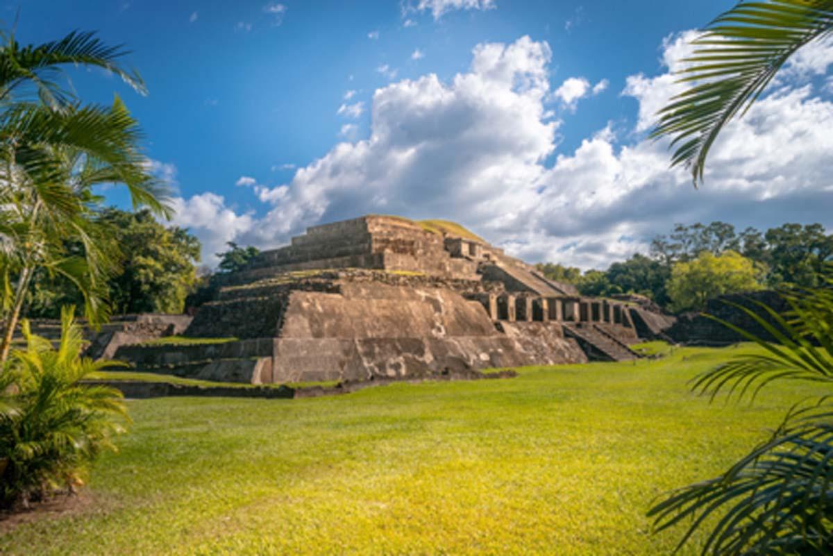 Tazumal, El Salvador: El Pueblo que Fue Gobernado por Jefes y Chamanes
