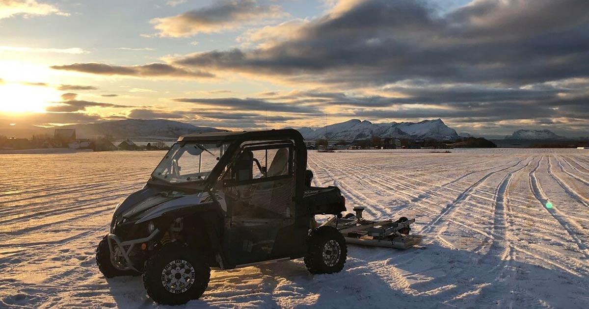 Los túmulos funerarios se descubrieron en Noruega gracias al uso de tecnología de radar de penetración en el suelo utilizada en condiciones climáticas ideales con una fina capa de nieve.