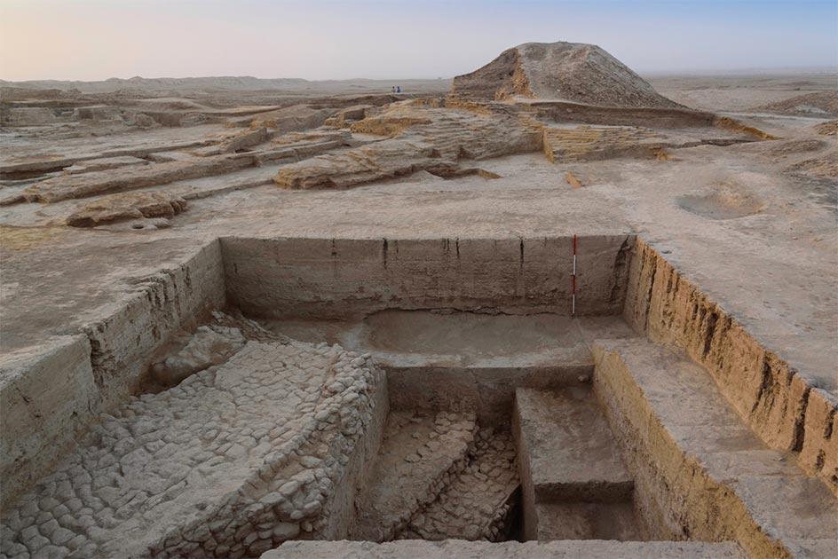 Sitio ritual: plataforma de culto que se encuentra debajo del templo del dios de la guerra. Fuente: Museo Británico.