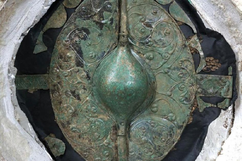 El impresionante escudo guerrero conservado encontrado en el sitio en Pocklington. Fuente: MAP Archaeological Practice Limited
