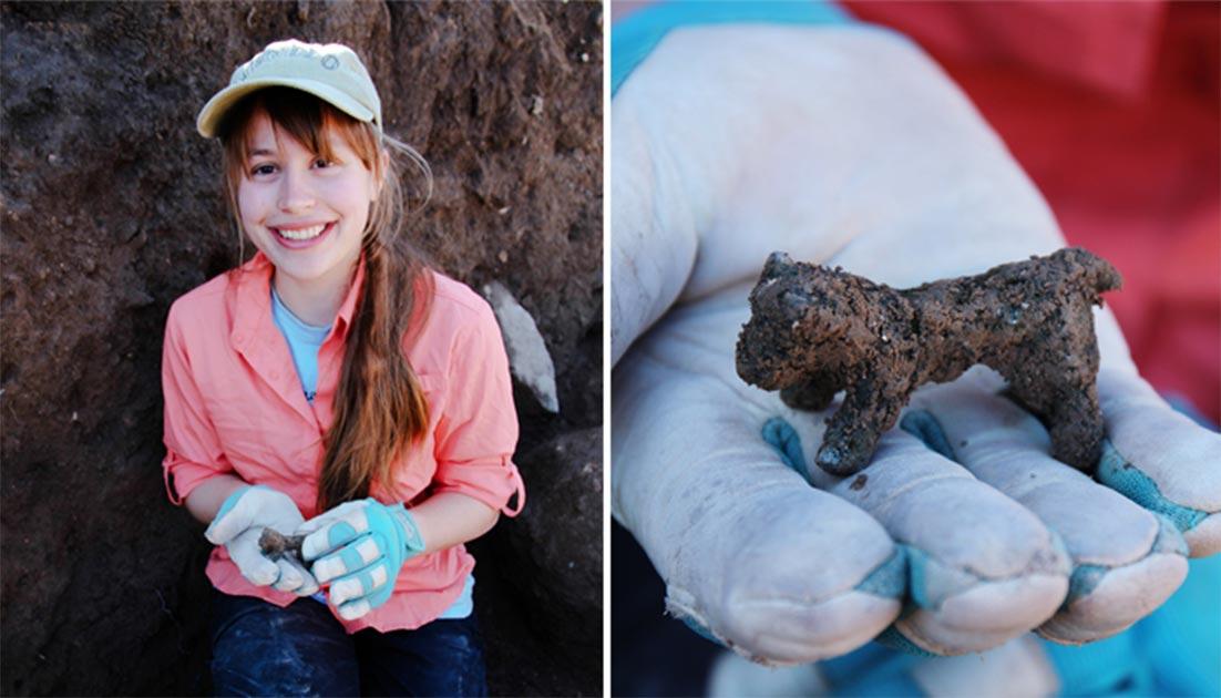 Hannah Newman, estudiante de Macquarie, descubrió la figurilla de bronce de becerro durante la última semana de la excavación en el sitio de Ziklag. Fuente: Universidad Macquarie