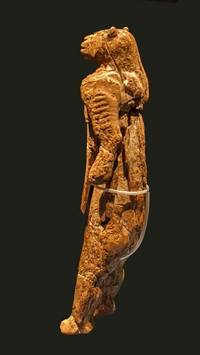 La figura de Lowenmensch o hombre-león de Hohlenenstein-Stadel encontrada en 1939. (CC BY-SA 3.0)