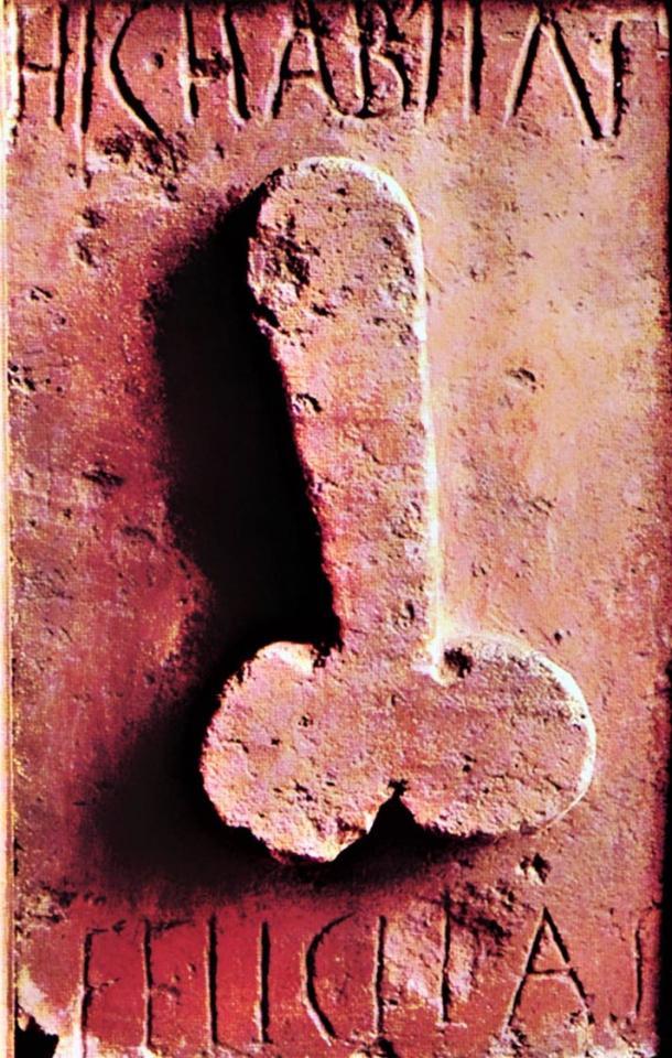 """Hic habitat Felicitas, """"Aquí habita la felicidad"""", alivio de terracota, siglo I DC. (Museo Arqueológico, Nápoles)"""