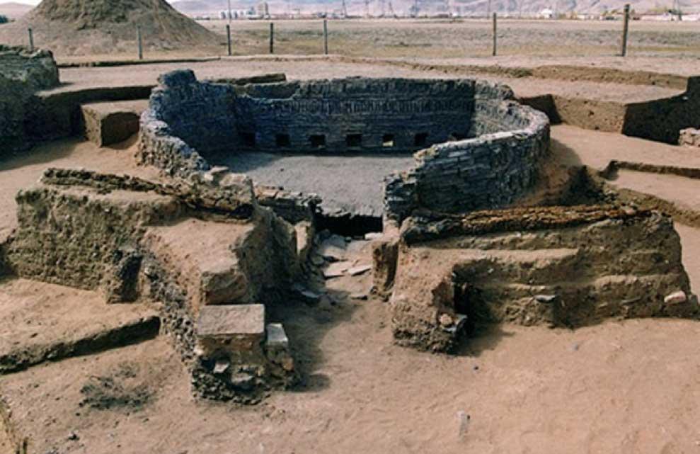 Horno del siglo XIII excavado en Karakórum, Mongolia. Este horno era utilizado para cocer ladrillos. (CC0)