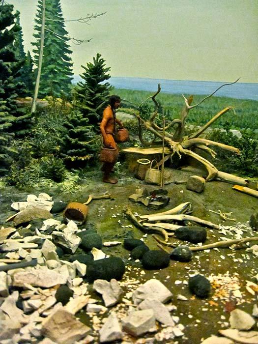 Diorama del pueblo Anishinaabe extrayendo cobre cerca del Lago Superior (Ellenm1 / CC BY-SA 3.0)