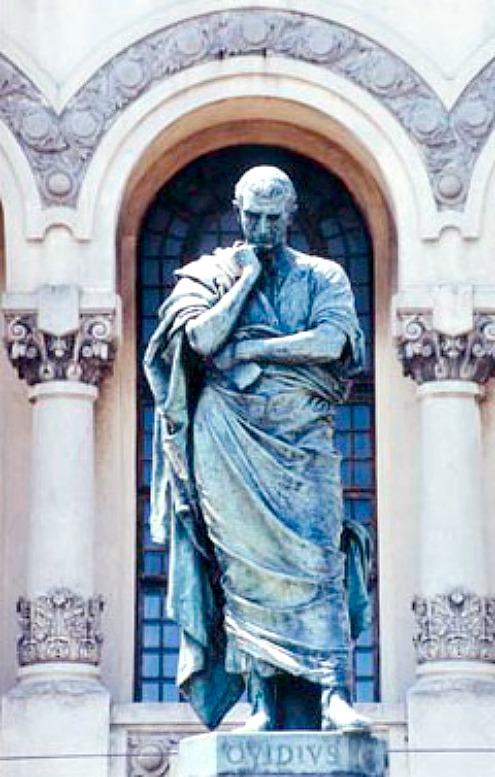 "Estatua de Ovidio en Constanza, obra de Ettore Ferrari. En sus ""Metamorfosis"", Ovidio narra la historia del rey Midas (Public Domain)"