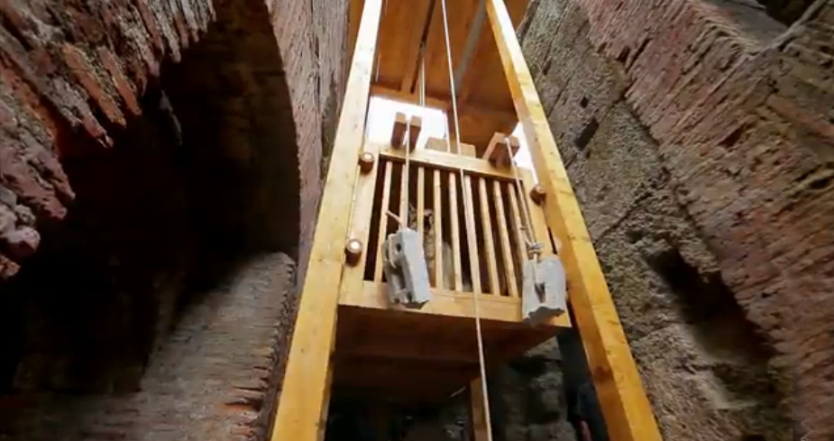 Ascensor-Reconstruido-fotograma-Coliseo-Trampa-Mortal-Romana-Liberando-al-Lobo.jpg