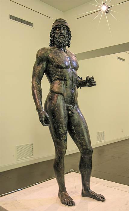 """Estatua A de los guerreros de Riace, también conocida como """"Il Giovanev (El joven). (Luca Galli de Torino, Italia / CC BY 2.0)"""