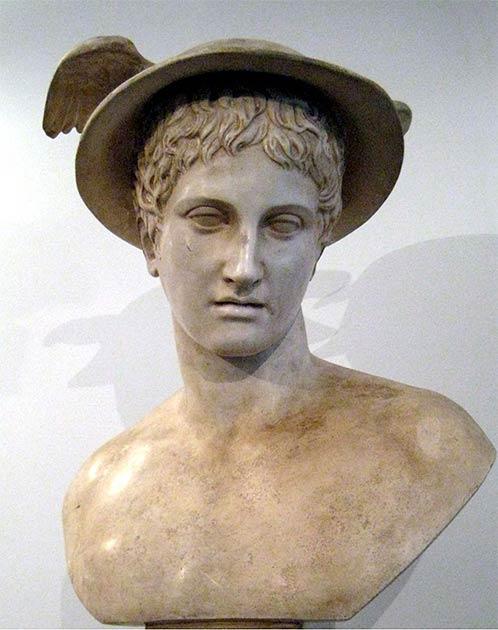 Hermes se suele representar como un joven imberbe en el arte antiguo, lo que hace que el hallazgo sea aún más inusual. (shakko / CC BY-SA 3.0)