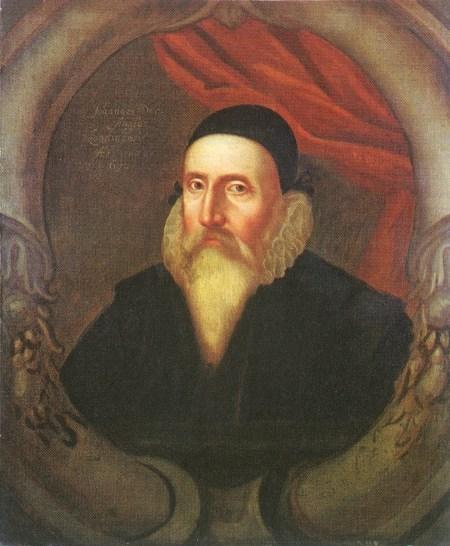 Retrato de John Dee del siglo XVI obra de un artista desconocido. Public Domain