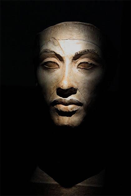 ¿Podría ser que Rosh Hashaná se originó como una celebración de la coronación de Akhenaton? (HoremWeb / CC BY-SA 4.0)