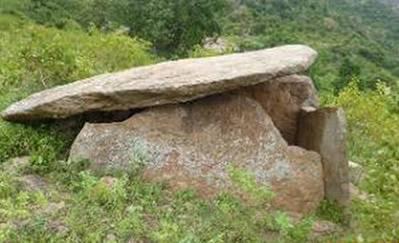 Uno de los dólmenes descubiertos en Tamil Nadu (TOI photo)