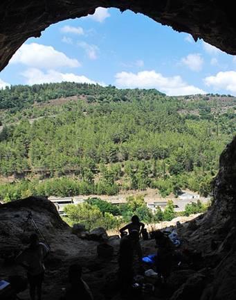 Vista desde la Cueva de Rakefet, Monte Carmelo, Israel, lugar en el que se descubrieron los morteros gigantes-Wikimedia Commons