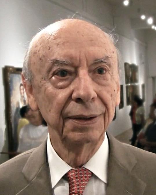 El historiador, antropólogo y arqueólogo peruano Federico Kauffmann Doig, descubridor en 1984 de los sarcófagos de Karajía. (Fabio Portocarrero Pinedo/GNU FDL)