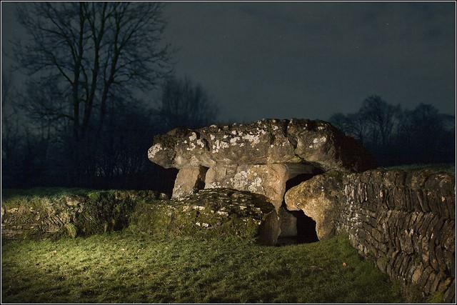Tinkinswood de noche (Foto: Ben Salter)