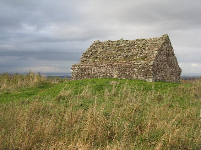Las ruinas del Soutra Aisle, vistas desde el sur. (M J Richardson –Creative Commons license