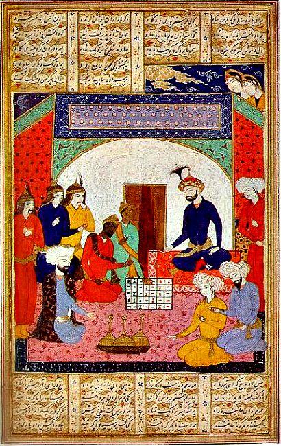 Ilustración perteneciente a un manuscrito persa donde los embajadores presentan una versión del Chaturanga al rey persa. (Wikimedia Commons)