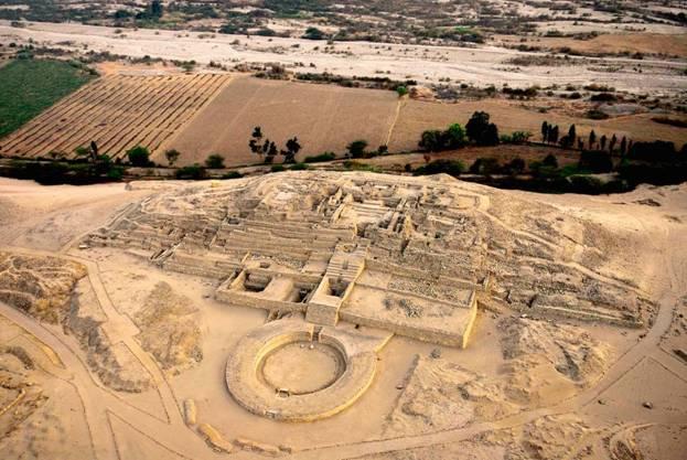 Ruinas-Civilizacion-peruana-Caral-Valle-de-Supe.jpg