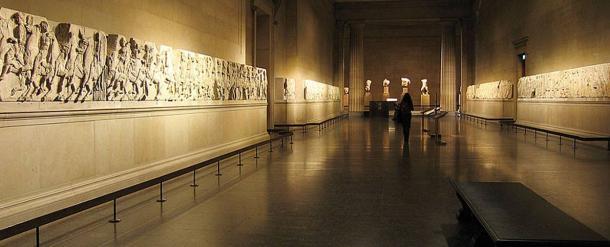 Los mármoles del Partenón expuestos en el Museo Británico. Wikimedia Commons